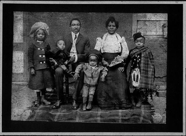 Santu Mofokeng - The Black Photo Album